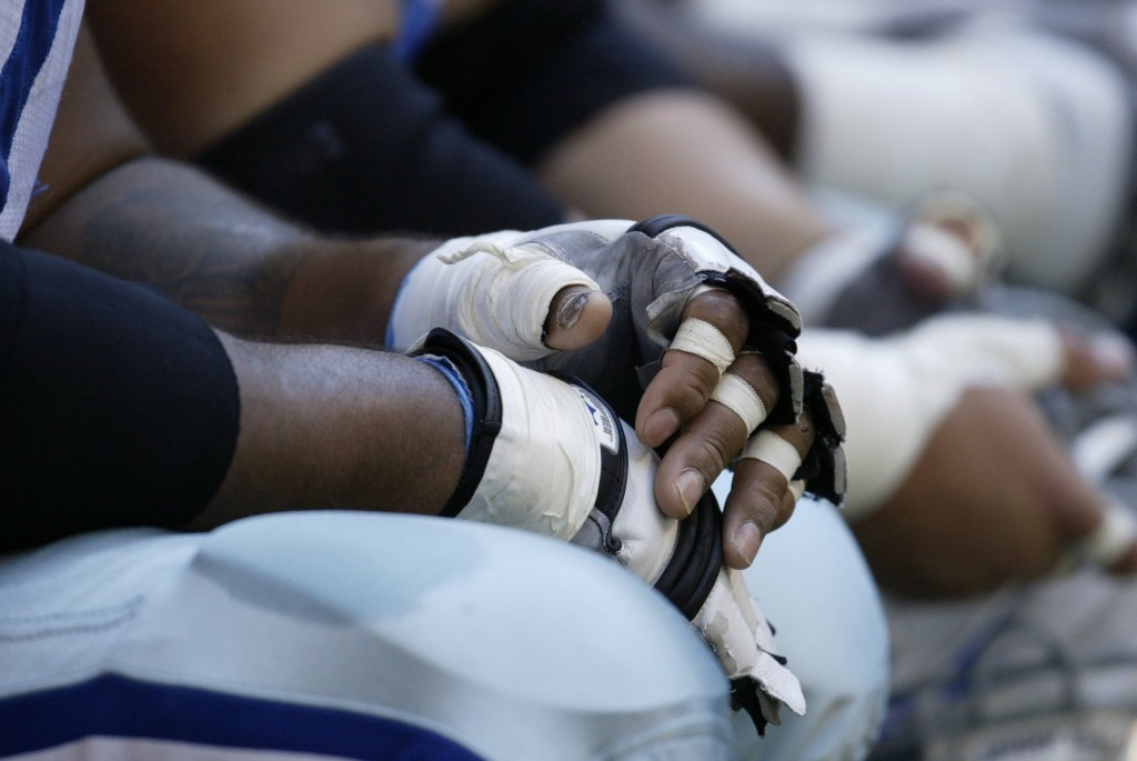 UNITED STATES - NOVEMBER 23: Football: Closeup of hands of Dallas Cowboys Larry Allen during game vs Carolina Panthers, Irving, TX 11/23/2003 (Photo by Bill Frakes/Sports Illustrated/Getty Images) (SetNumber: X69703 TK2)